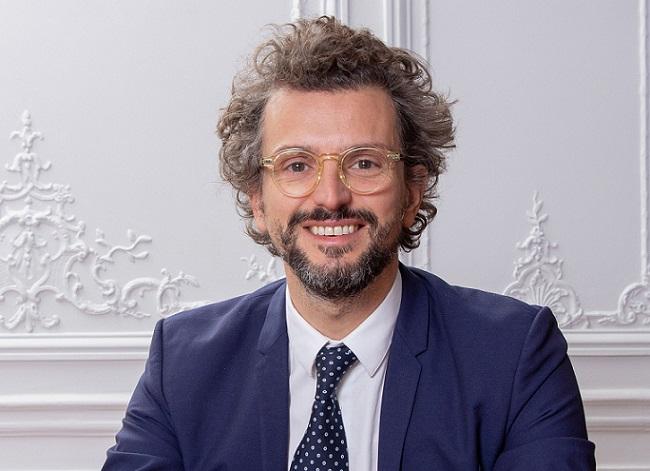 Portrait de Charles Alazet, consultant associé